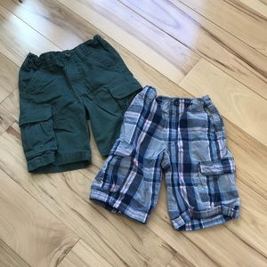 2 pair cargo shorts.  Guc.